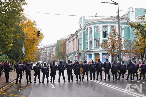 Крищенко: На акции в центре Киева пришли около 6 тысяч человек