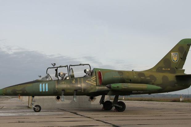 Военный самолет упал под Хмельницким