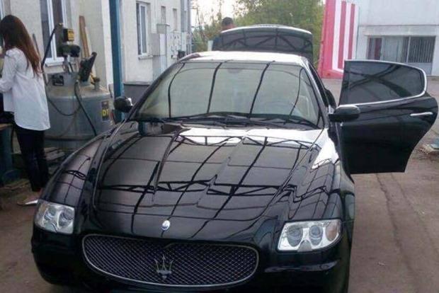 Украинские пограничники «не заметили» $ 400 тыс. в багажнике Maserati