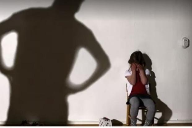 Под Киевом отец изнасиловал 7-летнего сына