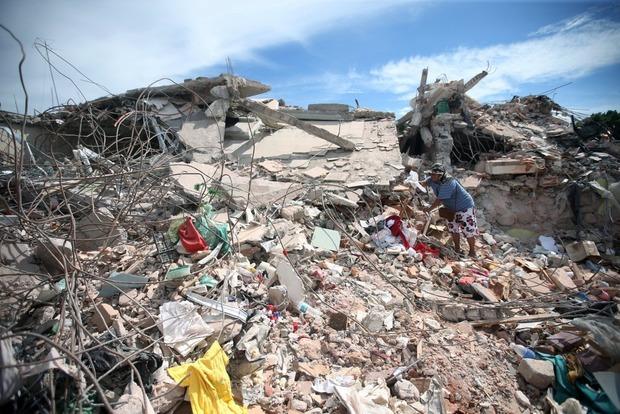 Количество жертв землетрясения в Мексике выросло до 331