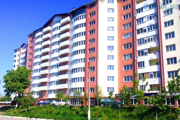 Кабмин позволил торговать украинцам жилье влизинг