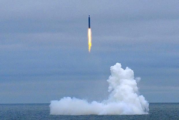 Россия успешно испытала межконтинентальные ракеты