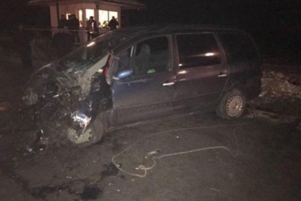Автомобиль протаранил скоростной поезд во Львовской области