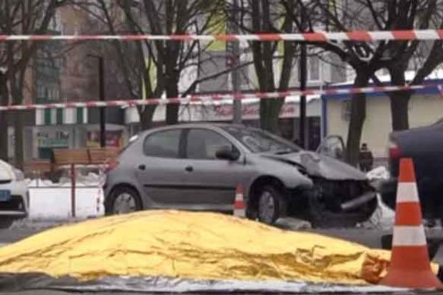 Під Києвом п'яна леді на Peugeot влаштувала смертельне ДТП