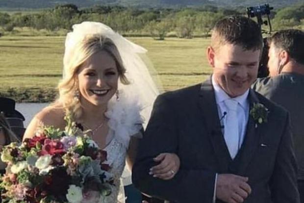 Молодожены разбились на вертолете спустя час после свадьбы