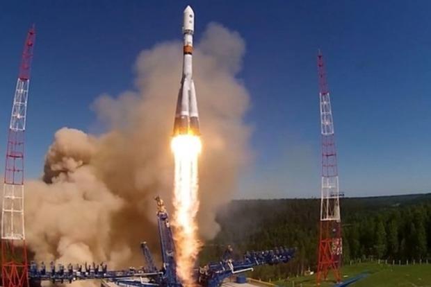 США звинуватили Росію у виведенні на орбіту аномального супутника