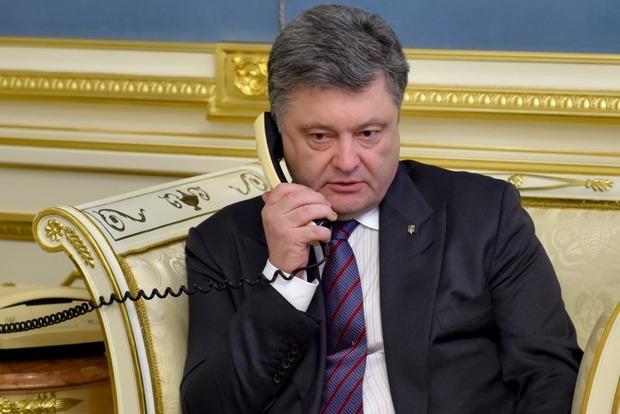 Порошенко сказал о комнате, из которой ведет переговоры с руководством США, НАТО и главами других держав