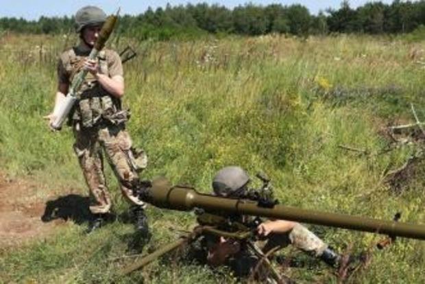 Под Донецком бойцы ВСУ уничтожили «КамАЗ» боевиков