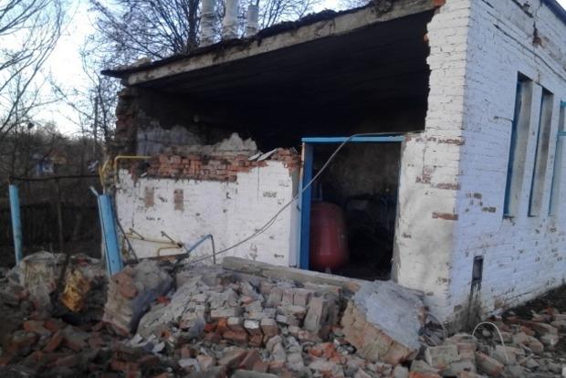 В Черниговской области при взрыве обрушилась стена школы