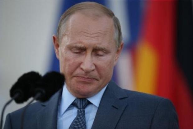 Экс-советник Путина сказал, что стало ударом ниже пояса для президента РФ