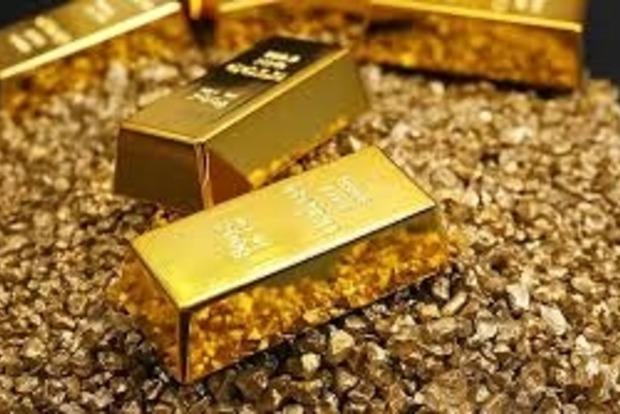 Стоимость золота в мире продолжает падать
