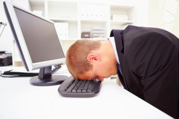 Мозг страдающих бессонницей людей дремлет в течение дня