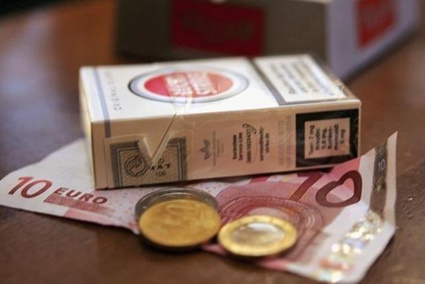 В Украине подорожают сигареты, названы цены