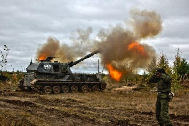 Двое украинских военных ранены за сутки на Донбассе, двое боевиков ликвидированы