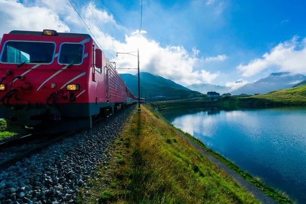 В аварии поезда в Альпах пострадало 27 человек