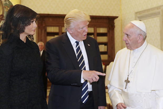 Папа Франциск спросил, чем Трампа кормит жена