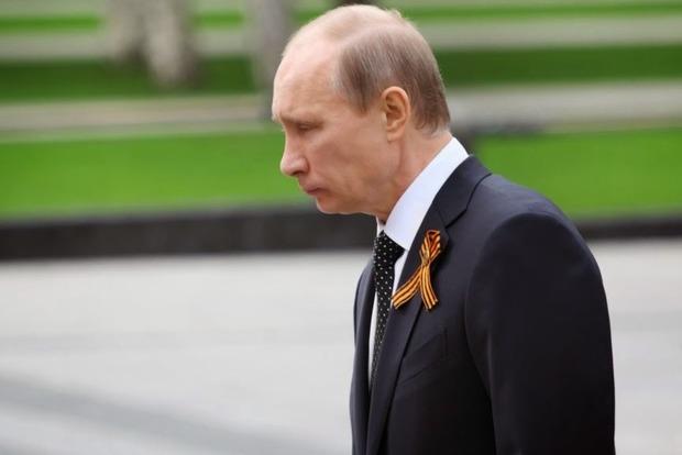 Путин боится: «где-то там нажмут кнопку», и в России все отключится