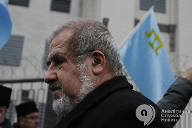 Чубаров призвал власти создать Крымскотатарскую АР