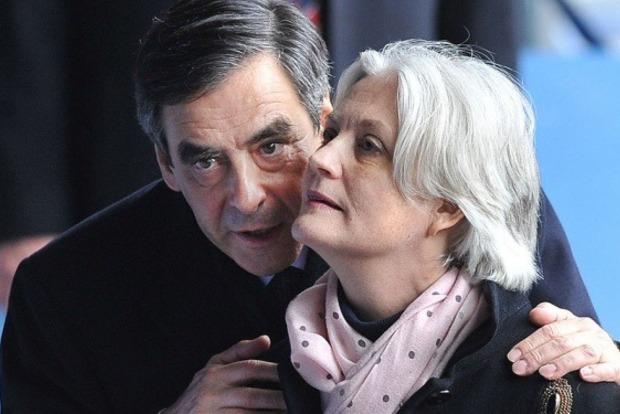 Парламент Франции запретил избранникам нанимать родственников помощниками