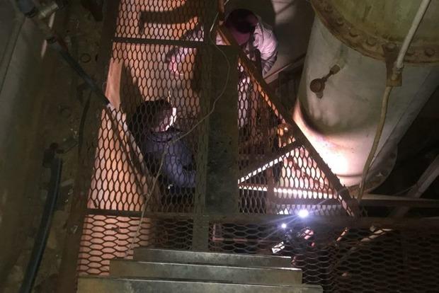 Пять этажей под землей. Под Киевом налоговая нашла гигантский подпольный спиртзавод