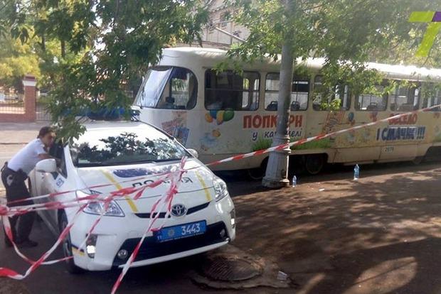 В Одессе трамвай отрезал молодой девушке обе ноги