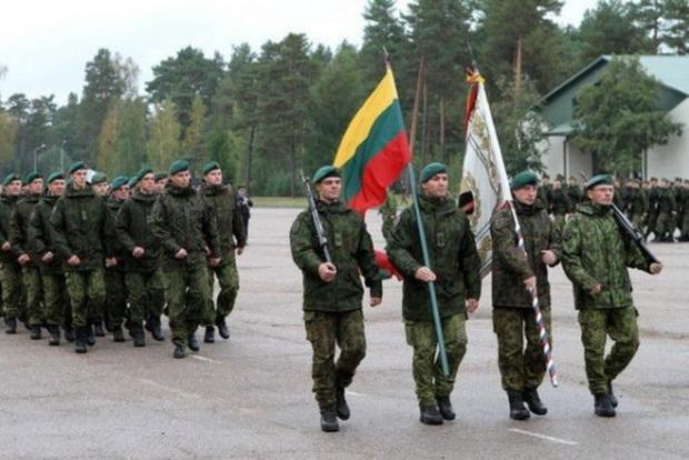В Литве вернули призыв в армию