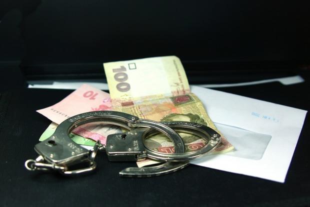 ВКиеве навзятке задержали директора коммунального учреждения, размещены фото