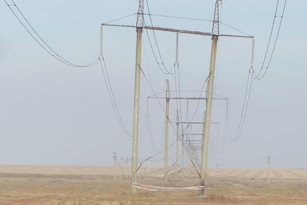 Подорваны две электроопоры, питающие Крым