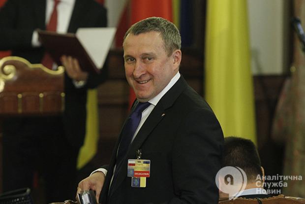 Суд усправі Януковича про держзраду розпочав допит свідка Дещиці
