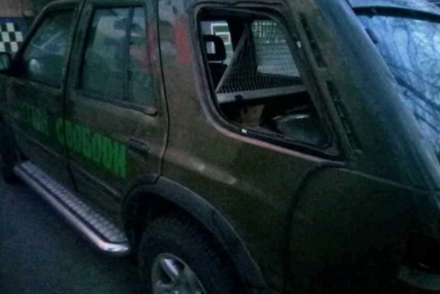 ВПолтаве ограбили машину сколбасой ибронежилетами для АТО
