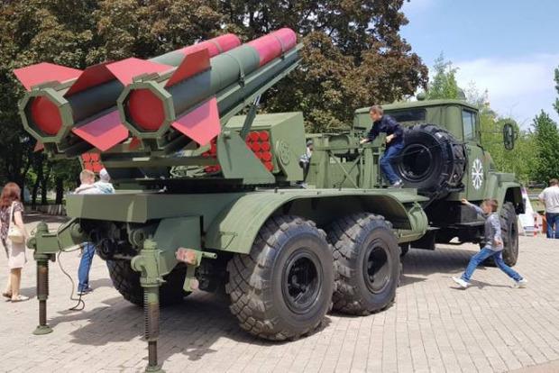 У «ДНР» створили «ракетні війська» і клянуться, що їх «Чебурашки» вміють стріляти