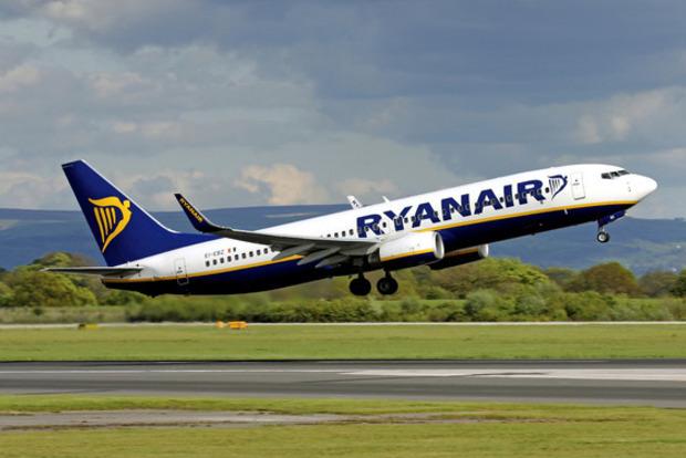 Ryanair компенсирует пассажирам купленные билеты