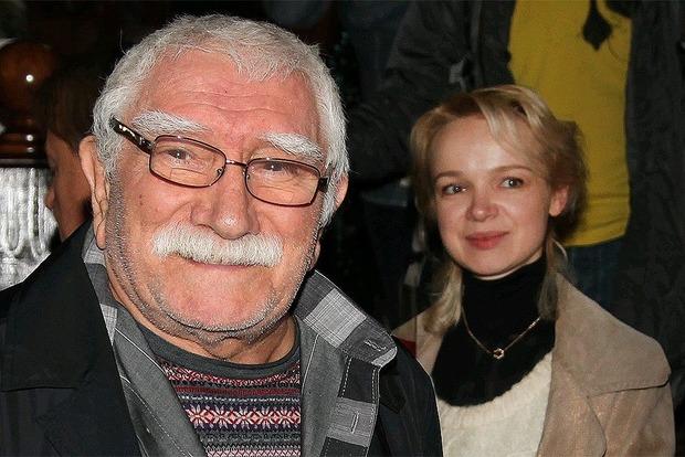Работники СКРФ провели обыски вквартире супруги Джигарханяна Виталины Цымбалюк-Романовской