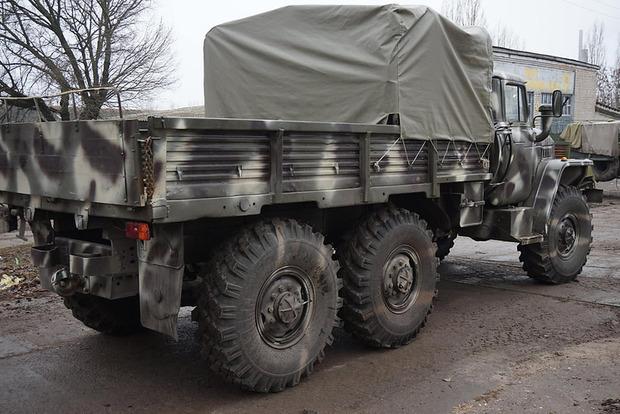 В Княжичах слетел в кювет военный Урал с боеприпасами