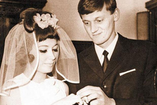 Отец Кристины: Появилось редкое фото Пугачевой с ее первым мужем
