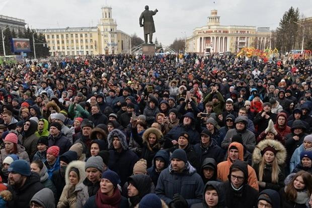 Жителей Кемерова пустили в морг для подсчета погибших