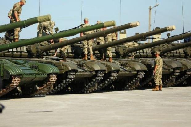 Муженко: Украине нужно тяжелое вооружение