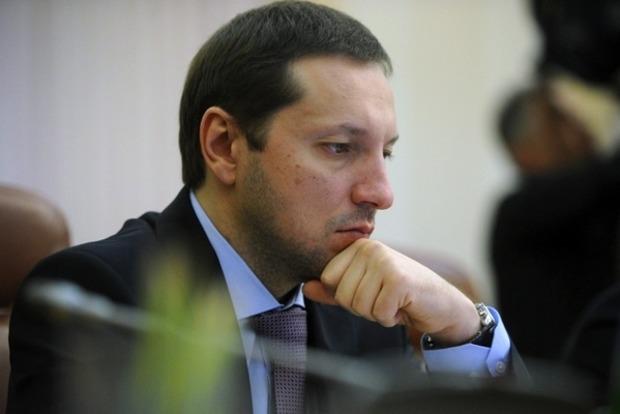 Министр информационной политики подает в отставку