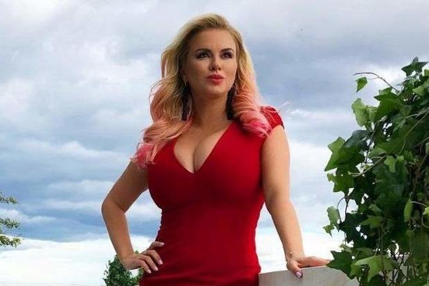 У Анны Семенович обнаружили опухоль