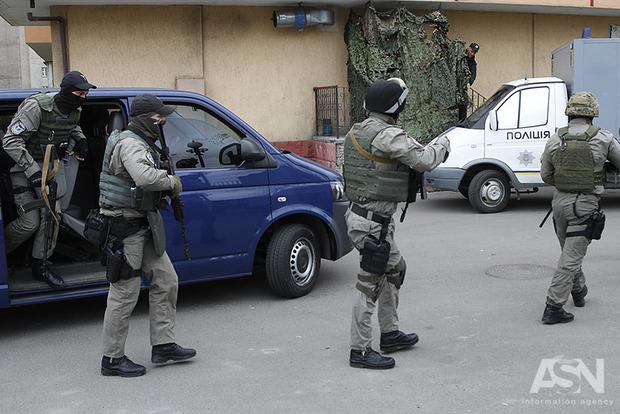 СМИ: в центре Киева похитили девушку-журналистку