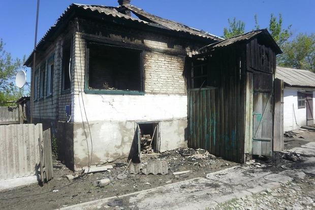 Житель Луганской области поджег три дома и застрелился