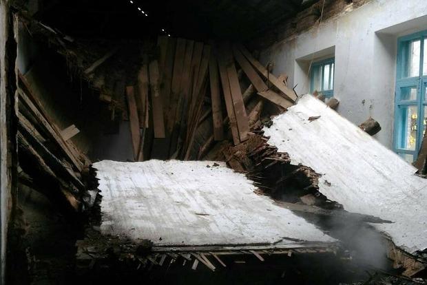Во время уроков загорелась школа в Винницкой области