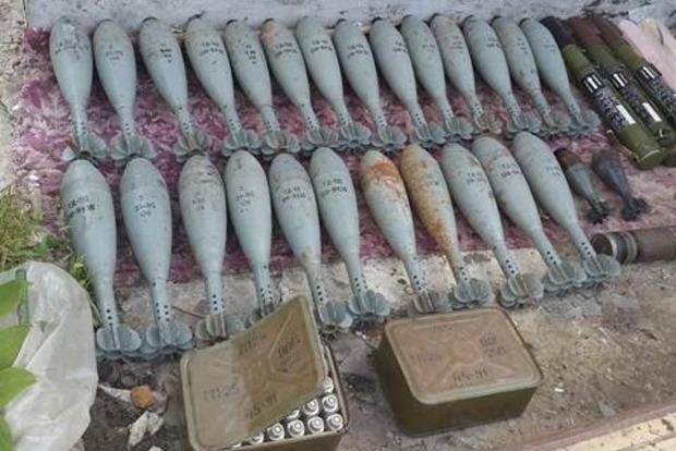 Очередной крупный тайник с оружием обнаружен в Донецкой области