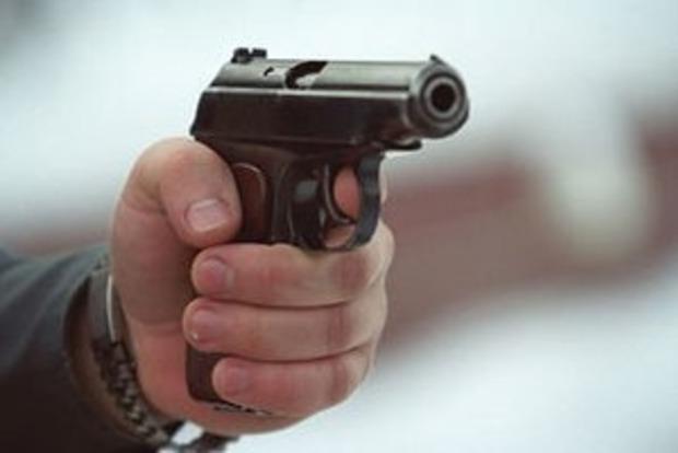 В Киеве неизвестный напал с оружием на троих студенток и таксиста