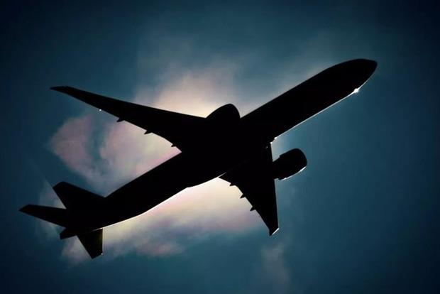 Украина готовится возобновить международное авиасообщение с пятью странами — Енин