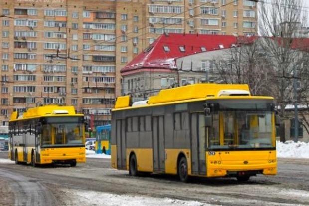 Киев закупил троллейбусы, которые могут объезжать обесточенные участки