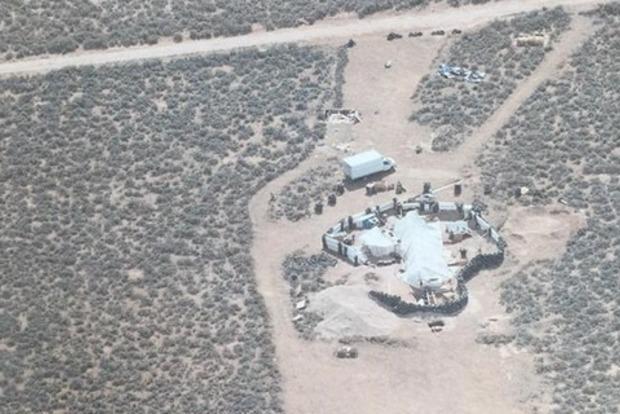 В США в пустыне нашли 11 полуживых детей. Что они там делали