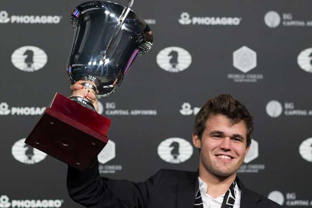 Карлсен защитил звание чемпиона мира по шахматам, победив экс-украинца