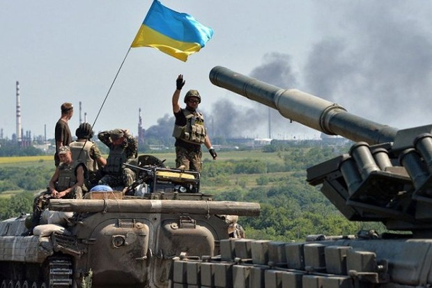 Боевики на Донбассе увеличили количество обстрелов, ранены двое военных ВСУ